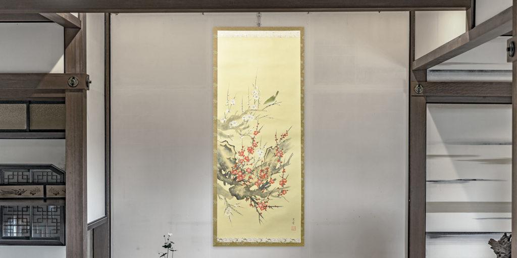 花が描かれた掛軸の画像